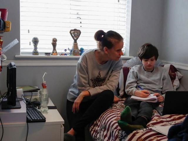 """""""Besorgniserregend"""" - Immer mehr Eltern nehmen Kinder aus Schule"""