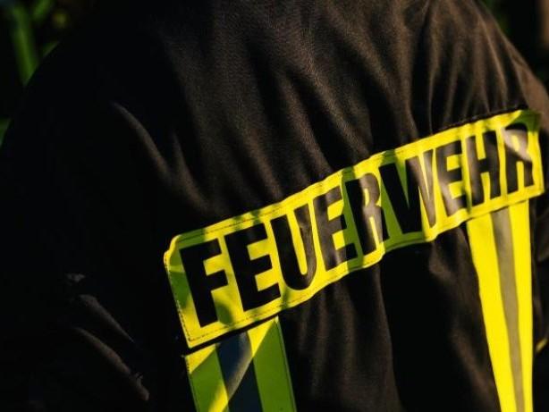 Brände: Wohnung nach Brand unbewohnbar: Brennender Topf Ursache