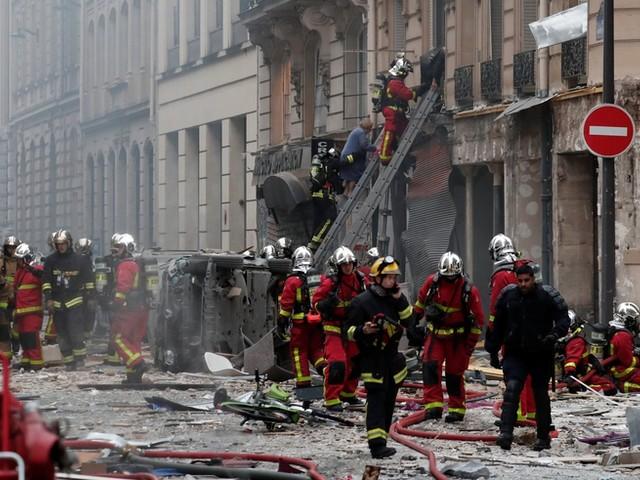 Heftige Explosion in einer Bäckerei im Zentrum von Paris