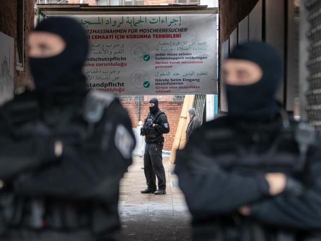 """Türkei beklagt nach Razzia in Berliner Moschee deutschen """"Hass"""""""
