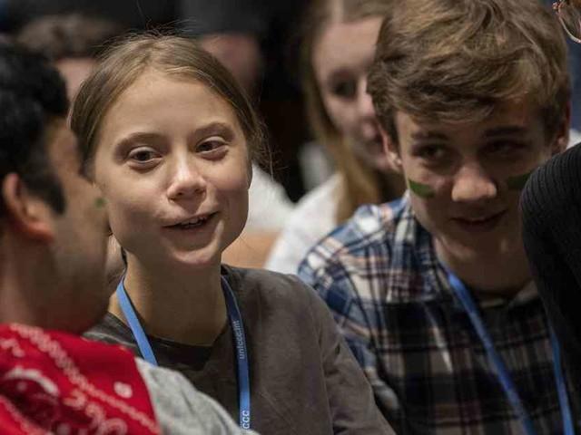 Besuch bei Weltklimakonferenz: Greta Thunberg in Madrid begeistert empfangen