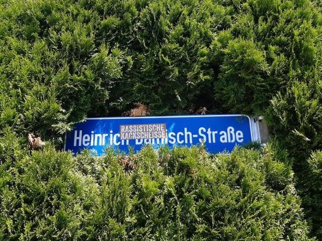 Die belasteten Straßennamen mit NS-Bezug bleiben im Stadtbild