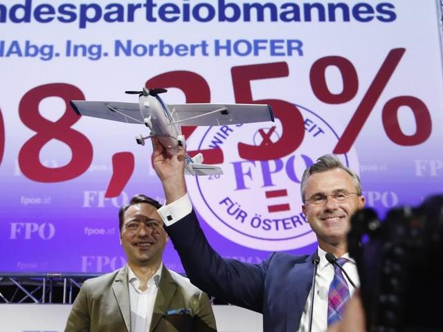 "Neuer FPÖ-Chef Hofer: ""Seht mich als Vater dieser Bewegung"""