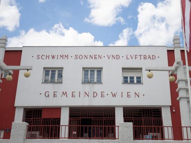 Heißer Sonntag: Am Vormittag schon erste Wiener Bäder überfüllt