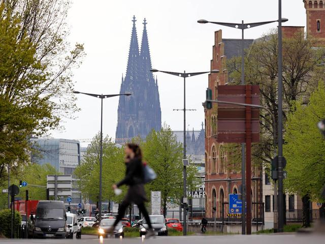Corona in Köln: Inzidenz fällt unter 27 – keine strengeren Regeln trotz Partys