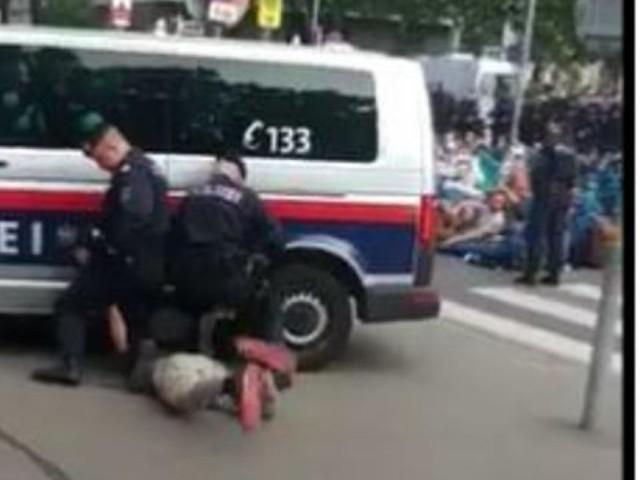 """Polizei zu Prügelvorwurf: """"Teils absurde Anschuldigungen"""""""