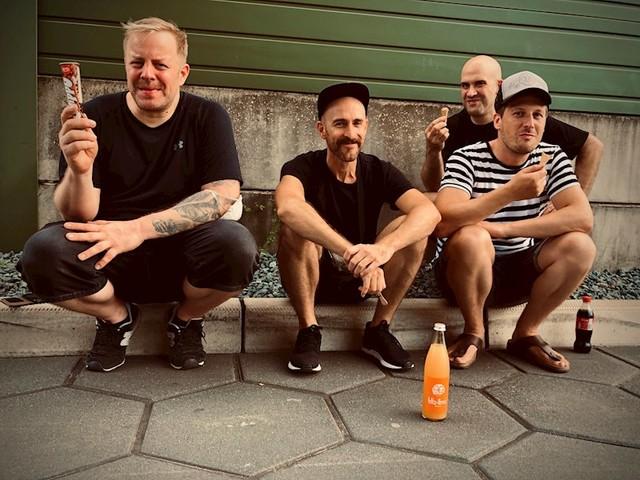 "VISIONS Premiere: Parkwalker streamen neues Album ""Distant Phenomena"" vorab"