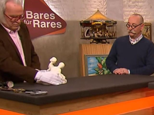 """Erotische Skulptur - """"Bares für Rares"""": Schmuggelware aus der DDR sorgt bei Horst Lichter für Staunen"""