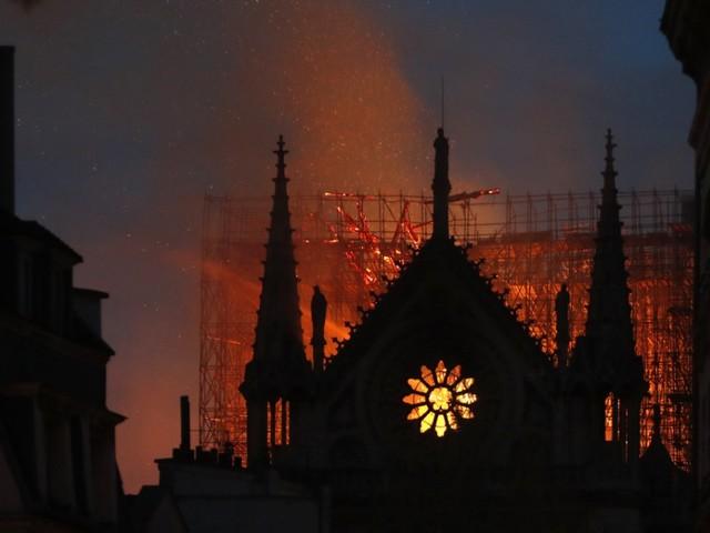 Notre-Dame: Die vereinende Kraft schutzbedürftiger Kultur