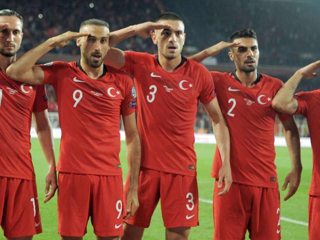 """""""Militär-Jubel"""" der Türken: UEFA berät über mögliche Strafen - Erdogan meldet sich zu Wort"""