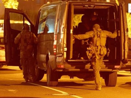 Nach Waffenfund:Polizei-Großeinsatz in Düsseldorfer Hotel