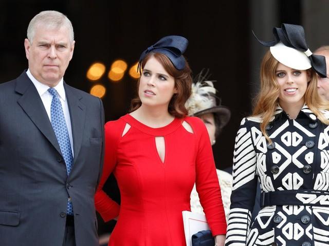 Prinz Andrew : Wie reagieren die Töchter von Prinz Andrew auf die Missbrauchsvorwürfe?