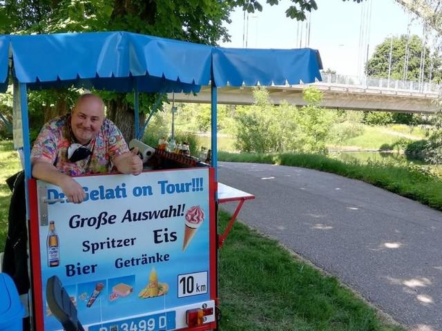 """Vom Maroni zum Eis: Kühle Erfrischungen vom """"Doktor"""" in St. Pölten"""