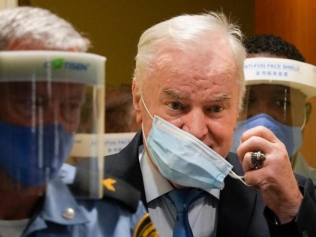 Wegen Völkermords: Gericht bestätigt lebenslange Haft gegen Mladic