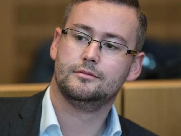 Strafverfahren genehmigt: Bundestag hebt Immunität von zwei AfD-Abgeordneten auf