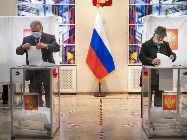 Russland: Wahlleiterin: Kremlpartei holt absolute Mehrheit