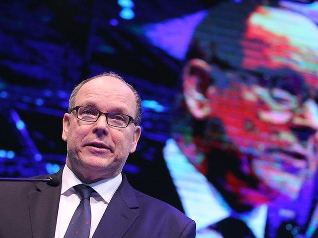 """Düsseldorf - Fürstlicher Besuch: Albert von Monaco jettete wieder zur """"boot"""" nach Düsseldorf"""