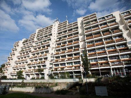 Brandgefahr in Dortmund: Riesiger Hochhauskomplex wird geräumt