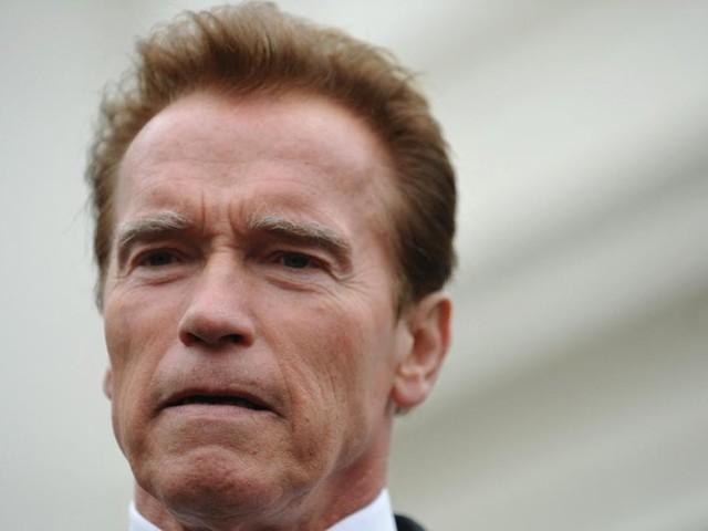 """Triplets"": Schwarzenegger dreht ""Twins""-Sequel"