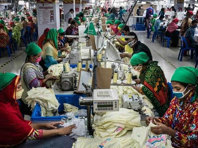 Ein Jahr später: Wie sieht es für Bekleidungsarbeiter und Zulieferer seit Beginn der Pandemie aus?