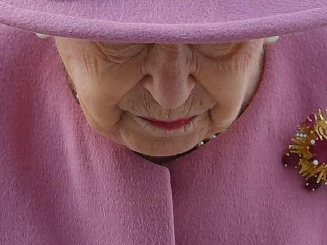 Er beschützte die Queen vier Jahre lang: Ex-Bodyguard der Royals verurteilt - Gericht enthüllt grausame Details
