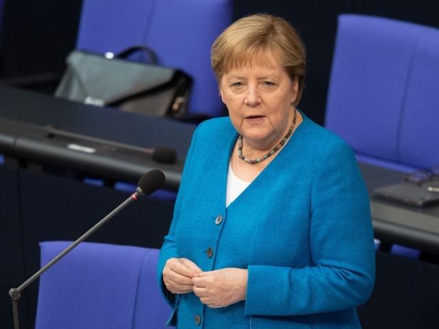 Analyse von Ulrich Reitz - Merkels Abschiedstour: An ihrem Gesicht sieht man, wen sie liebt - und wen sie verachtet