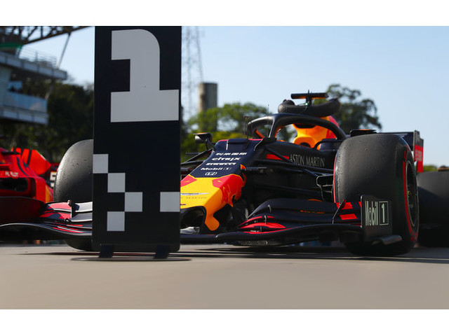 F1 Fotos GP Brasilien 2019 - Qualifikation: Doppel-Party bei Red Bull