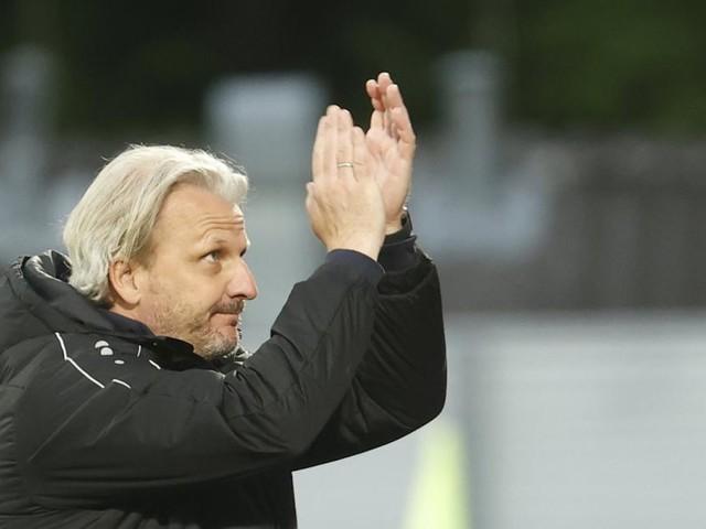 Barnsley tut's wieder: Auf Struber und Ismael folgt Coach Schopp
