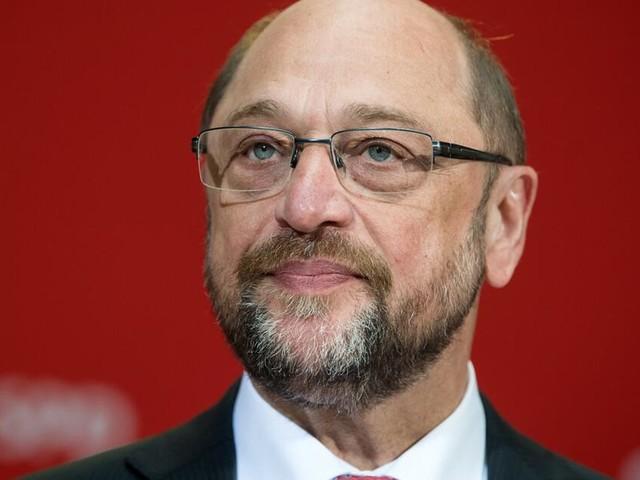 Martin Schulz auf Italien-Besuch: Wahlkampf unter Flüchtlingen?