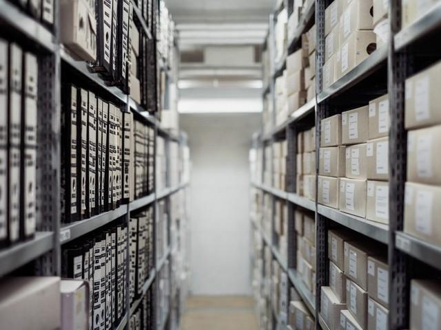 Halbe Bücher: Das Archiv der Gefühle