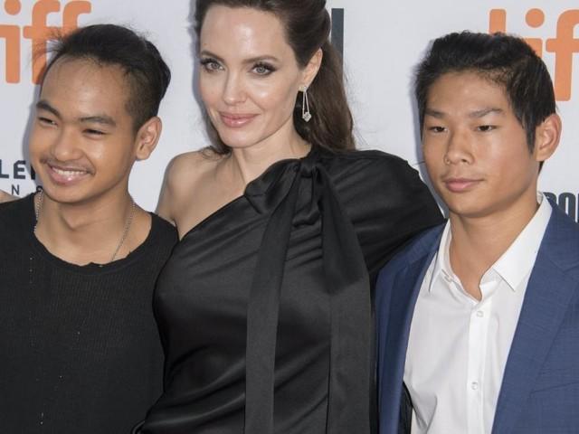 """Jolie vs Pitt vor Gericht: Maddox macht """"unschmeichelhafte"""" Aussage gegen Vater Brad"""