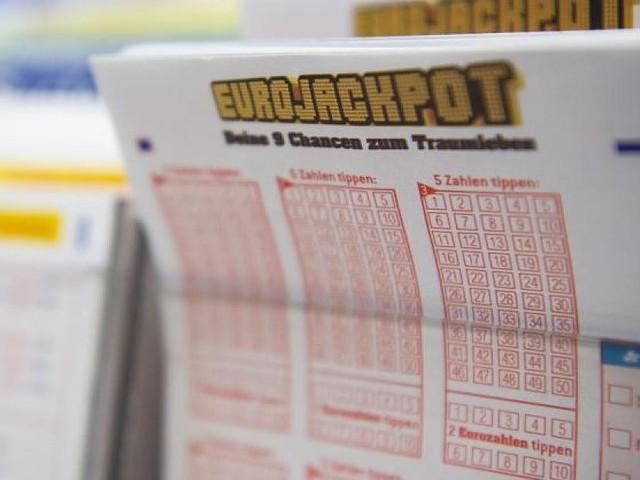 EuroJackpot - Aktuelle Gewinnzahlen vom 18. Januar