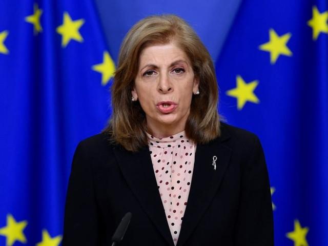 """EU-Kommissarin: """"Grenzschließungen halten Virus nicht auf"""""""