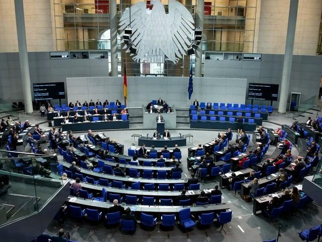 Asyl: Opposition scheitert mit Absetzen des Migrationspakets im Bundestag