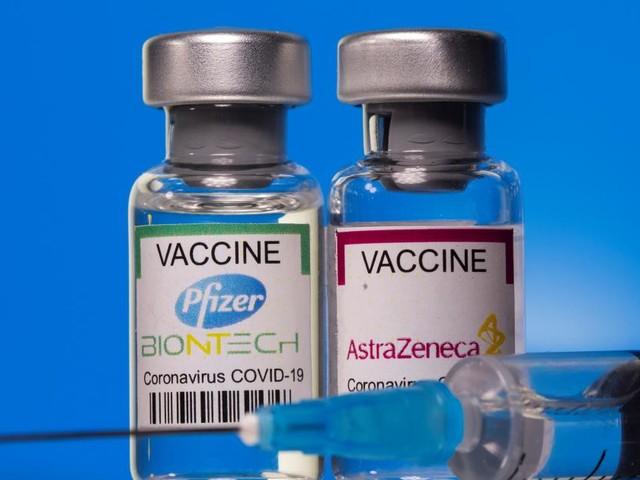 Astra Zeneca und Biontech: Mischen der beiden Impfstoffe bietet Schutz