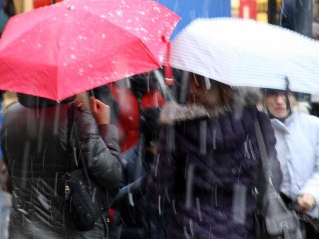 Wetter aktuell in Deutschland: Viel Regen und sehr stürmisch