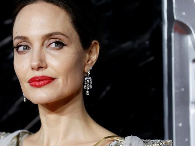 Nächtlicher Besuch bei alter Liebe: Angelina Jolie sorgt für Gerüchte