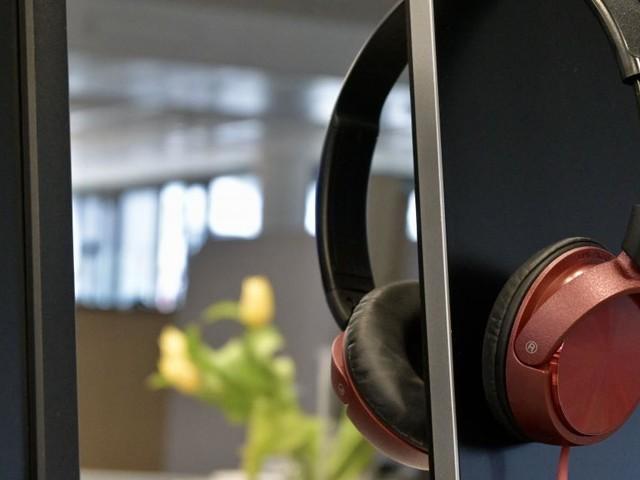 Studie: Newsrooms werden kleiner, Redakteure vermehrt im Home-Office