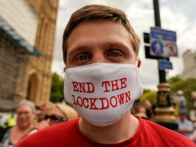 Lockdown-Ende verschoben: Großbritannien zieht die Notbremse