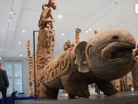 Umstrittene Museen im Humboldt Forum öffnen