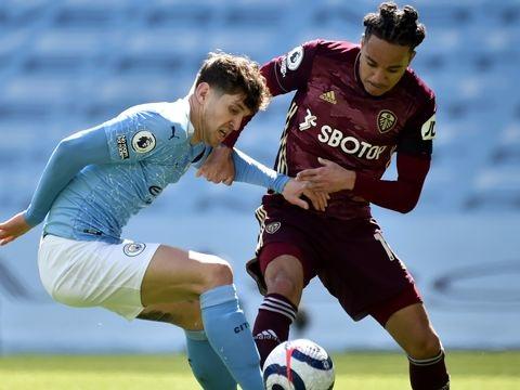 Premier League: Dortmund-Gegner Man City verliert in Überzahl gegen Leeds