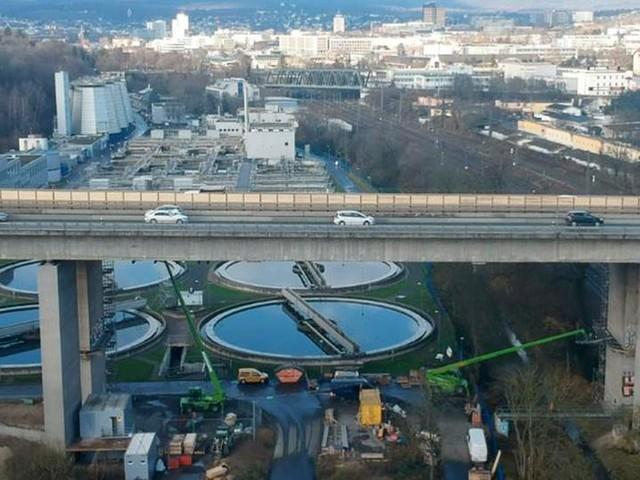 Nach Pfusch bei Sanierung: Marode Salzbachtalbrücke für Lkw gesperrt