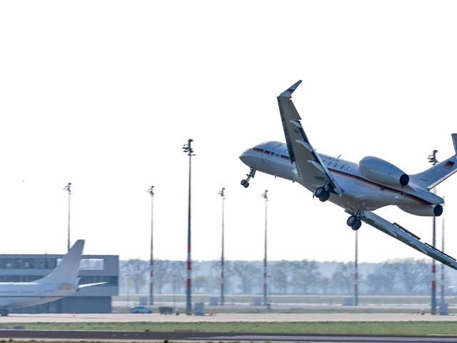 Beinahe-Absturz: Rechts lenken, linksherum fliegen