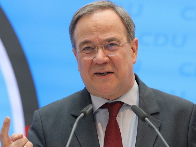Coronavirus in Deutschland: Streit über Lockerungen für Geimpfte