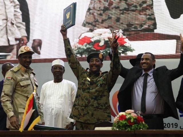 Durchbruch in Khartum: Sudans mächtiger Militärrat dankt ab