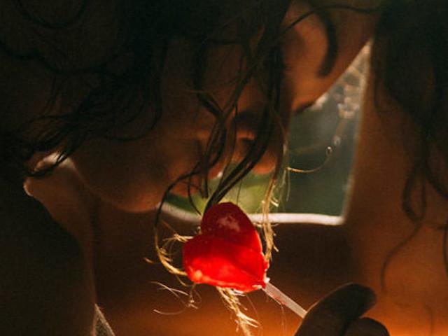 Mondaze Seduction: 'A Hungry Heart' feat. Model Eliya Ca by Vincent Perraud