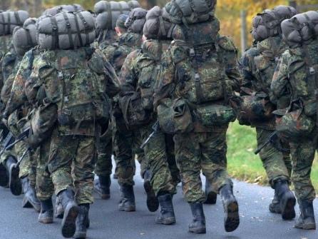 Menschenrechtler empört: Bundeswehr bildet chinesische Soldaten aus