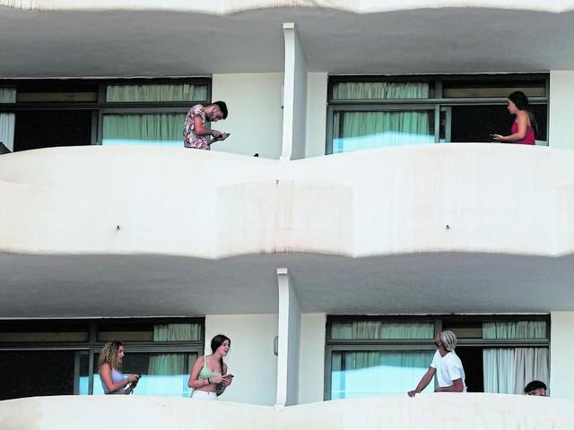 Maturanten feierten auf Mallorca: Jetzt startet Impfwettlauf gegen Infektionswelle