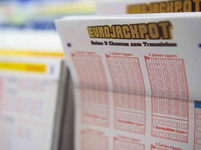 Kein Lottospieler hatte die richtige Zahlenkombi: 90-Millionen-Eurojackpot auch nach 400. Ziehung nicht geknackt