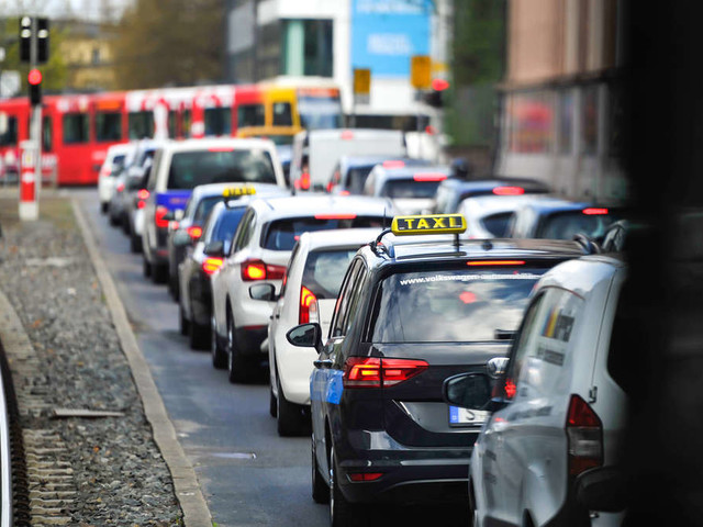 Wegen neuer Grenzwert-Empfehlung: Hunderten deutschen Städten könnten Fahrverbote drohen